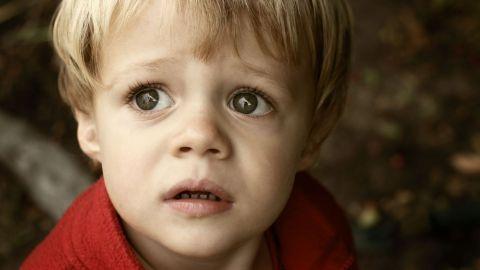 comment-eviter-que-les-enfants-aient-peur-du-terrorisme_5569003